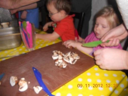 kids kitchen 079