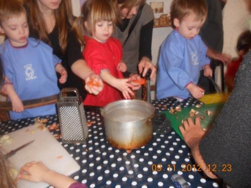 kids kitchen 085